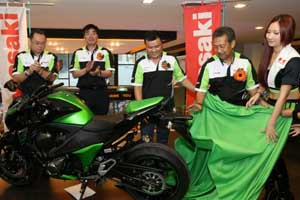 soft-launching-z800-open